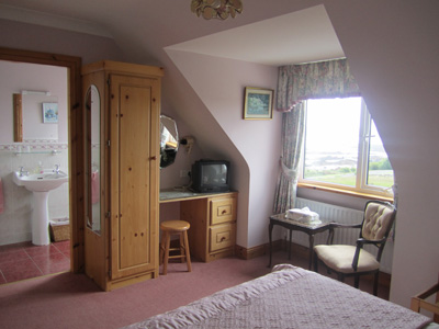 Bed and Breakfast Roundstone Galway bed and breakfast roundstone galway Ivy Rock House Bed and Breakfast Bedroom