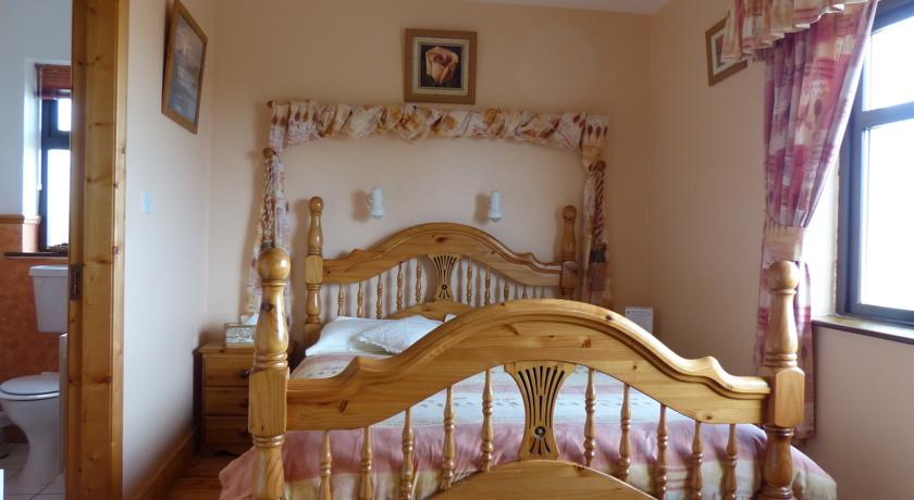 Beenoskee House Castlegregory Bed and Breakfast Kerry
