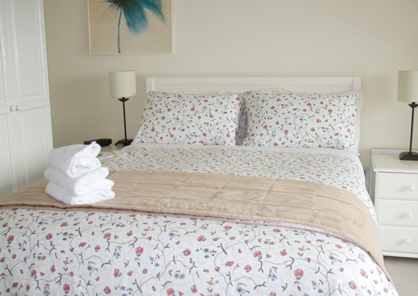 Bed and Breakfast Kinsale with scenic views over Kinsale Town & Harbour & the Atlantic Ocean.