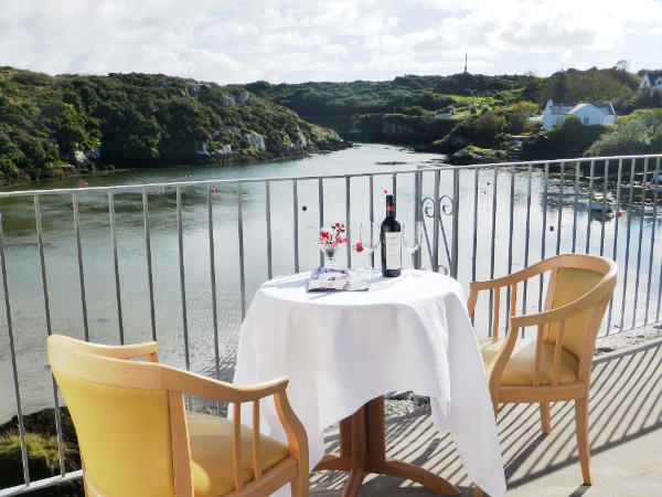 Bed and Breakfast Goleen and Restaurant in West Cork with water views over this beautiful inlet.