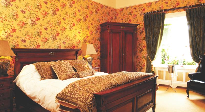 Gleesons Townhouse Bed and Breakfast Roscommon